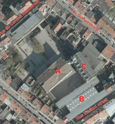 Photo aérienne de l'Institut Saint-Boniface , (Bruxelles UrbIS ® © - Distribution : CIRB, avenue des Arts 20, 1000 Bruxelles).