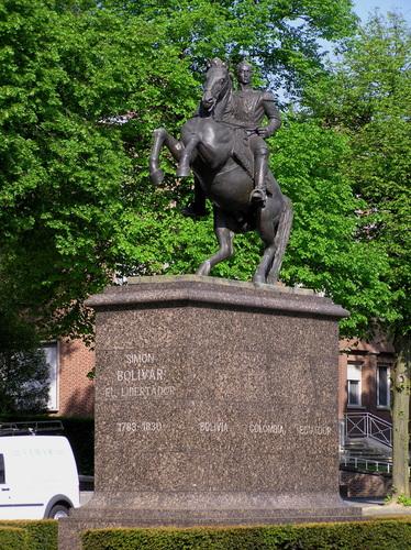 Simon Bolivar (1983), sculpteur Hugo DAINI, 2007