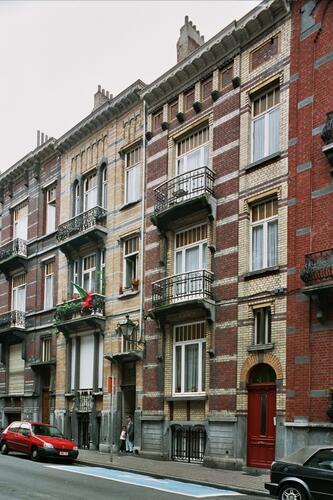 Rue André Hennebicq 23 et 21, 2004