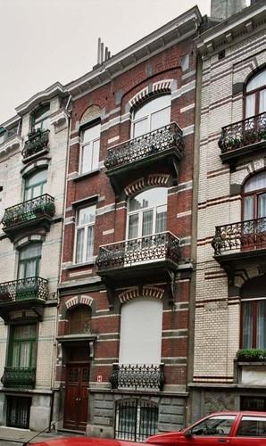 Rue André Hennebicq 22, 2004