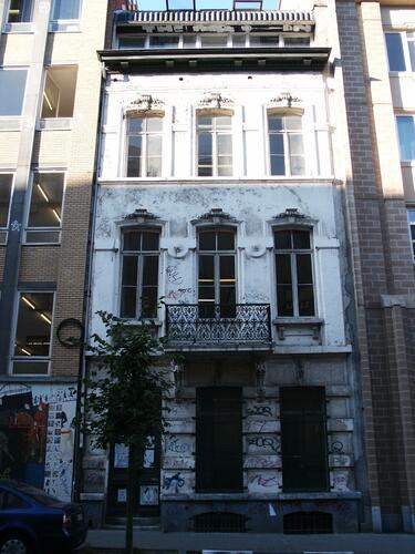 Rue d'Angleterre 63, 2004