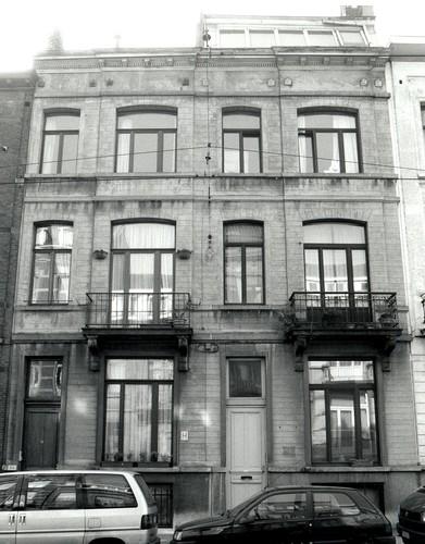Rue Antoine Bréart 34, 36, 2002