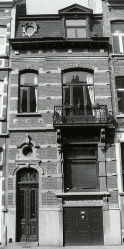 Rue Antoine Bréart 59, 2002