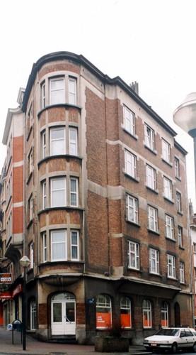 Ch. d'Alsemberg 127 et rue Antoine Bréart 136, 2003