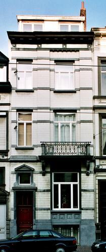 Rue de l'Aqueduc 24, 2004