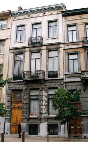 Rue Bosquet 12, 1999