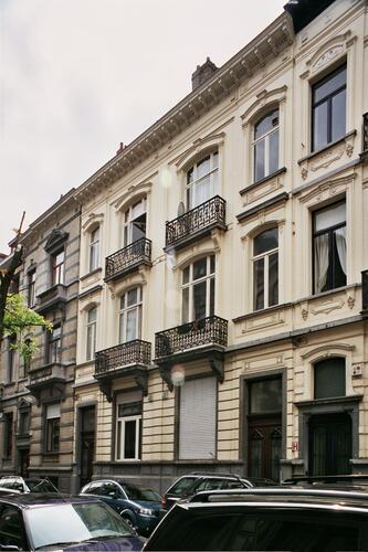 Rue Capouillet 27 et 25, 2004