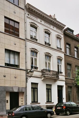 Rue Capouillet 51, 2004