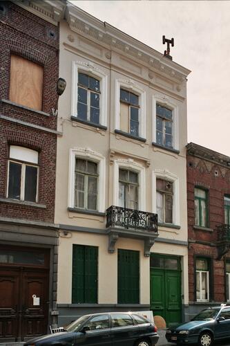 Rue de la Croix de Pierre 54, 2004