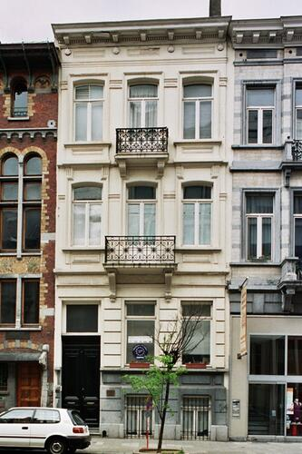 Rue Defacqz 69, 2004