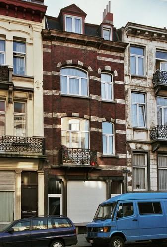 Rue de Mérode 262, 2001