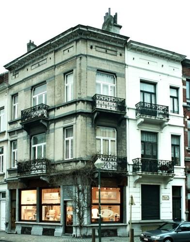 Avenue Édouard Ducpétiaux 77 et rue de Lombardie 62, 1998