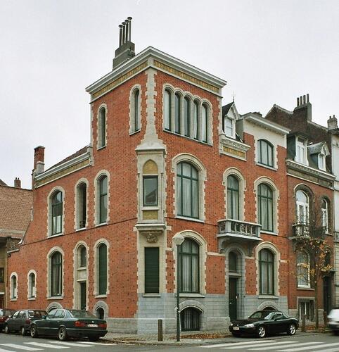 Rue Henri Wafelaerts 1 et avenue Édouard Ducpétiaux 90, 92, 2003