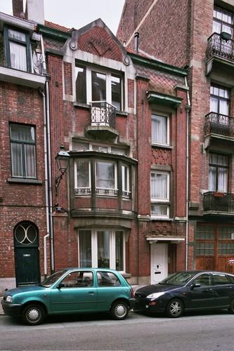 Rue Egide Walschaerts 8, 2004