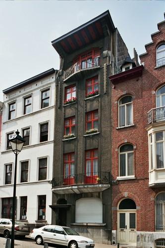 Rue de l'Eglise Saint-Gilles 63, 2004