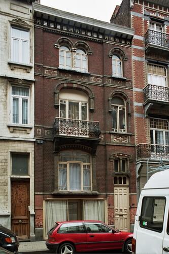 Rue Fernand Bernier 6-6a, 2004
