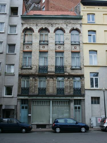 Rue Fontainas 3, 2004