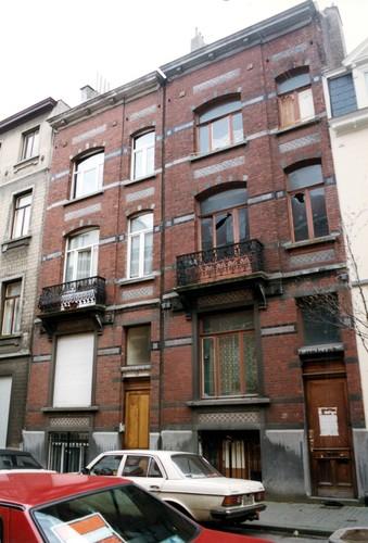 Rue Guillaume Tell 37 et 35, 1999