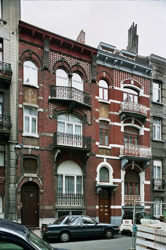 Gustave Defnetstraat 62 en 64, 2004