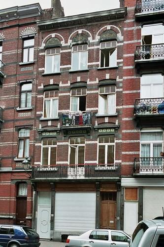 Rue Gustave Defnet 73, 2004