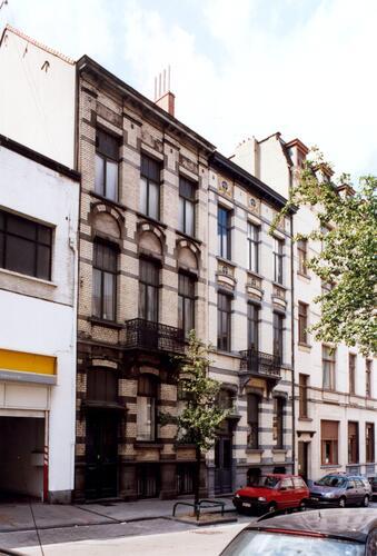 Rue de l'Hôtel des Monnaies 137 et 135, 2004