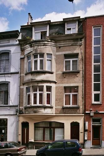 Rue de l'Hôtel des Monnaies 148-148a, 2004
