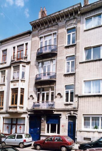 Rue de l'Hôtel des Monnaies 156-156a, 2004