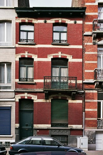 Rue de la Linière 37, 2004