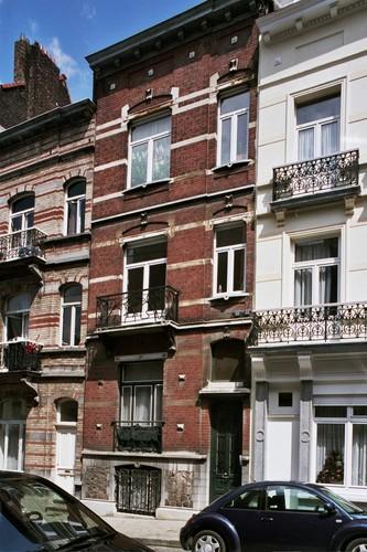 Rue de Loncin 6, 2004