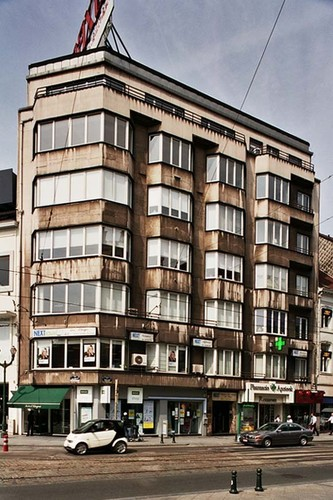 Chaussée de Charleroi 1 et avenue Louise 49-53, 2004
