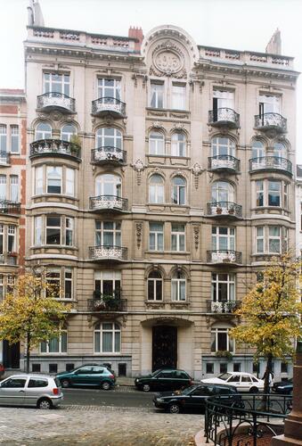 Place Maurice Van Meenen 22
