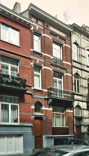 Rue Maurice Wilmotte 34, 2004