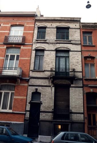 Rue Maurice Wilmotte 76, 1999