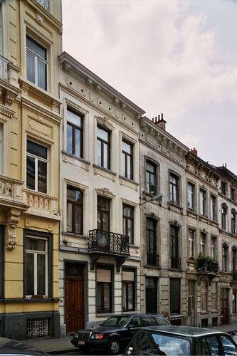 Rue du Métal 31, 29 et 27, 2004
