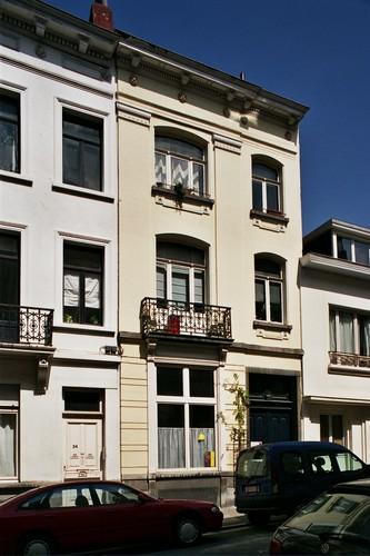 Rue du Mont-Blanc 26, 2004