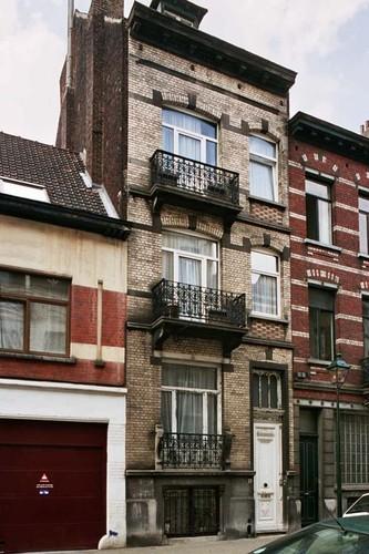 Rue de Parme 19, 2004