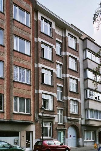 Rue de Parme 56-56a, 2004