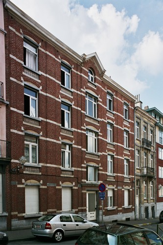 Rue de la Perche 14, 2004