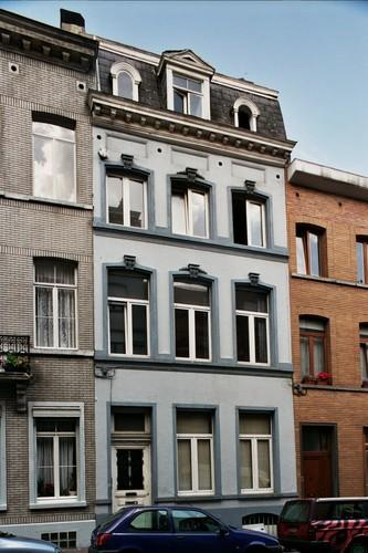 Rue de Prague 19, 2004