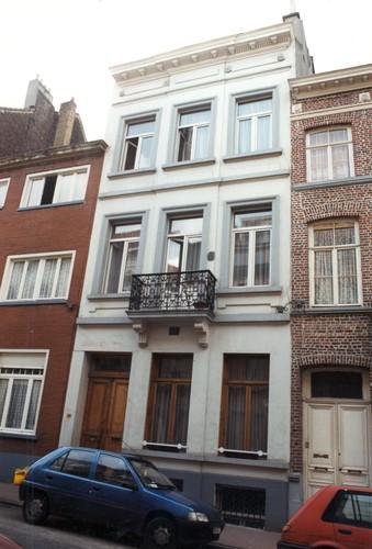 Rue de Prague 31, 2004