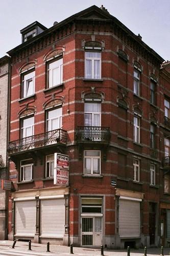 Avenue du Roi 79 et rue de Serbie 34, 2004