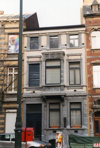Rue Saint-Bernard 5, 1999