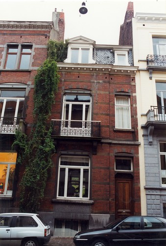 Rue Saint-Bernard 124, 1999