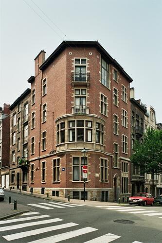 Rue de Savoie 122, 2004