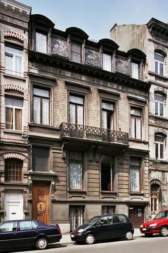 Rue de Serbie 5-7, 2004