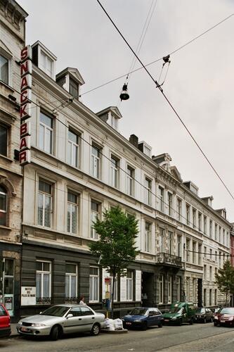 Institut des Filles de Marie, façades rue Théodore Verhaegen 6-8, 2004