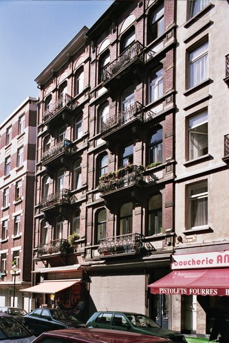 Vanderschrickstraat 35 en 33, 2004