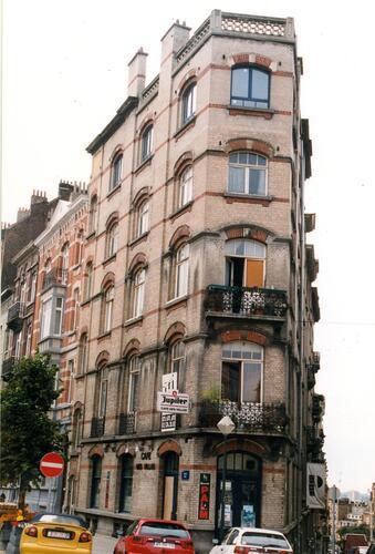Avenue des Villas 9-11, 1999