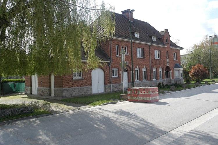 Anciennes maisons d'éclusiers
