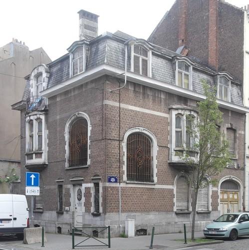 Rue Edmond de Grimberghe 64, à l'angle de la rue des Osiers, 2015